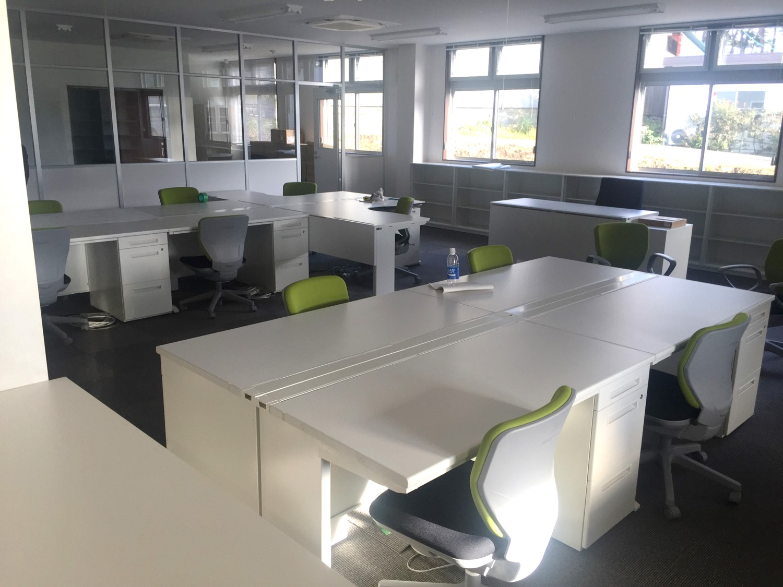 新事務所へのオフィスレイアウト設計&オフィス家具の提案事例